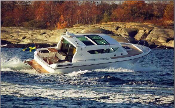 Cano dài 10m43 , máy yanmar 245 hp, chạy láp, đăng kiểm SB, 30 khách, mui cứng